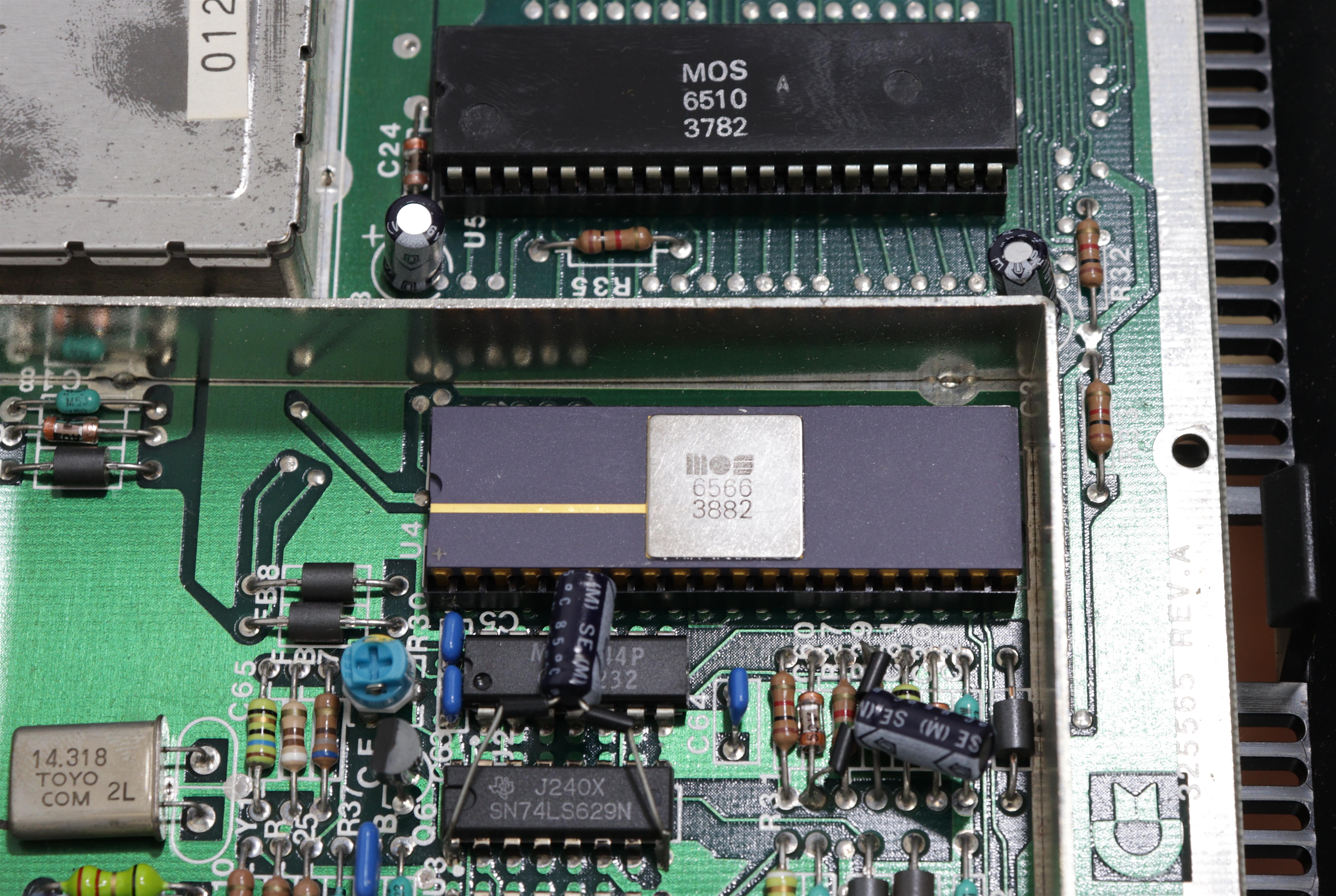 Commodore MAX - VIC II